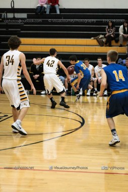 JV Boys Basketball Vinton-Shellsburg vs Benton Community-1052