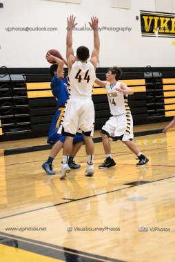 JV Boys Basketball Vinton-Shellsburg vs Benton Community-1343