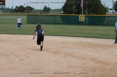 Softball Varsity Vinton-Shellsburg vs Clear Creek Amana 2014-5116