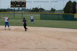 Softball Varsity Vinton-Shellsburg vs Clear Creek Amana 2014-5121
