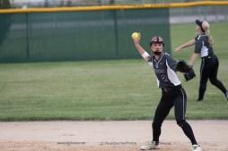 Softball Varsity Vinton-Shellsburg vs Clear Creek Amana 2014-5156