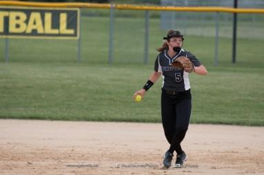 Softball Varsity Vinton-Shellsburg vs Clear Creek Amana 2014-5162