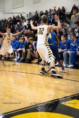 Varsity Basketball Vinton-Shellsburg vs Benton Community-9605