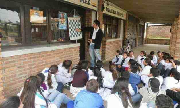 Carlos Martínez: un Quijote oriental en el centro del país