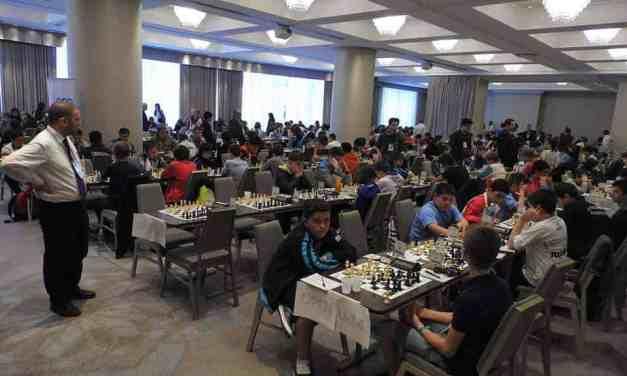 Campeonato Mundial Juvenil: las blancas movieron, todo comenzó