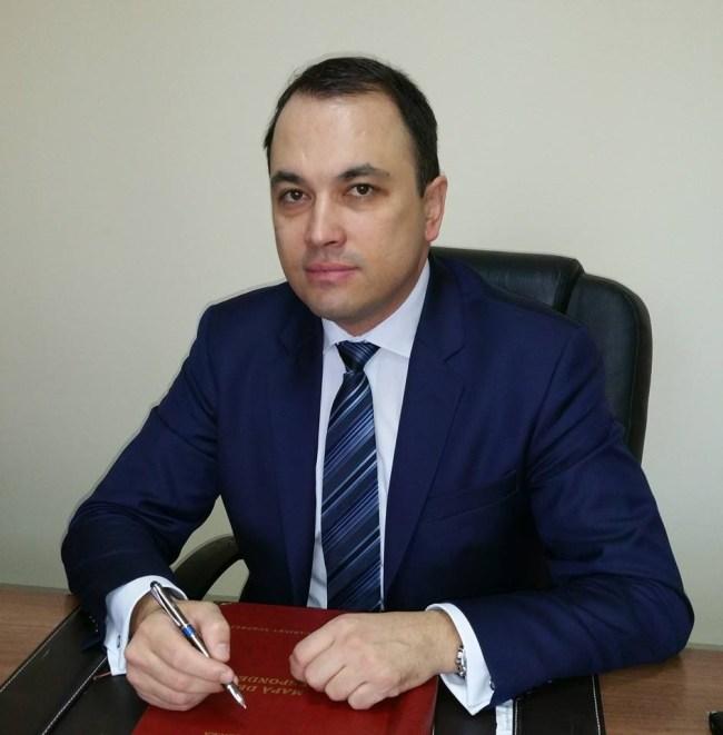Teren sintetic la Focsani, dupa o intilnire intre presedintii FRF/AJF-Razvan Burleanu, Dan Dumitru si primarul Cristi Misaila