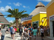 Cozumel, Mexico, busy port shops