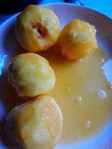 fresh peeled peaches in juice