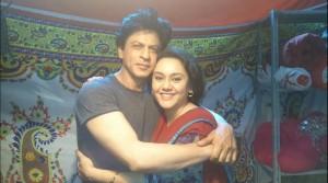 SRK With Deepika Deshpande Amin