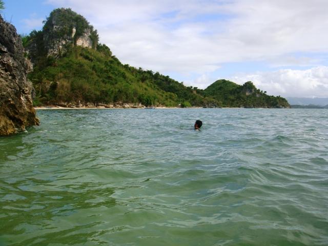 Borawan Island Beach, Quezon