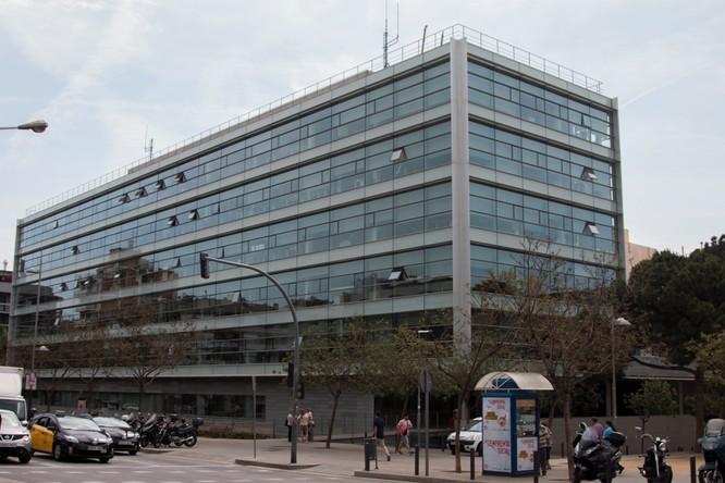 L'Ajuntament habilita a partir de l'1 de març el sistema de cita prèvia per a fer gestions amb el Departament de Migracions