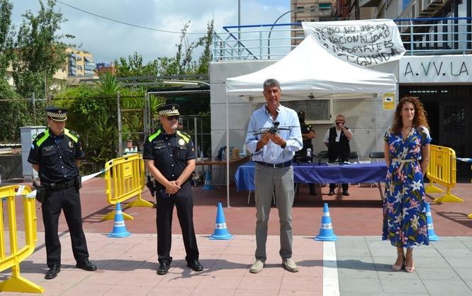 La Guàrdia Urbana de Badalona presenta el primer dron que ajudarà al control de les ocupacions
