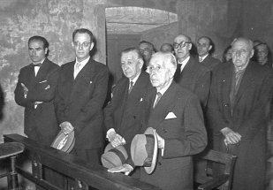 Presentació de les dues campanes a la Capella Marcús. Marull i Pedro Monje, març de 1957 Font: col·lecció Ramon Marull