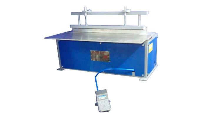 Pneumatic Wiro Closing Machine