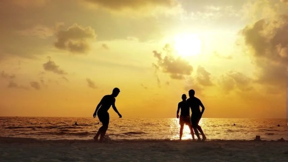 Silhouette of Football Players On Arkivvideomateriale (100 % royaltyfritt) 12382514 | Shutterstock