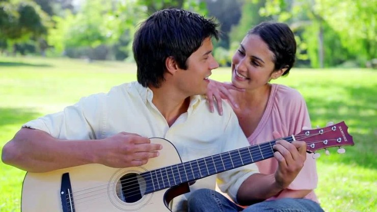 Smiling Couple Singing Together in Arkivvideomateriale (100 % royaltyfritt)  2309771 | Shutterstock
