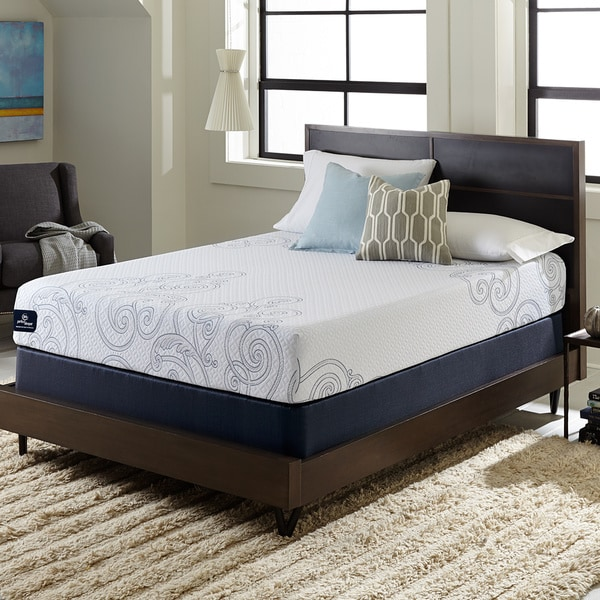 Serta Perfect Sleeper Isolation 10 Inch Queen Size Gel Memory Foam Mattress Set