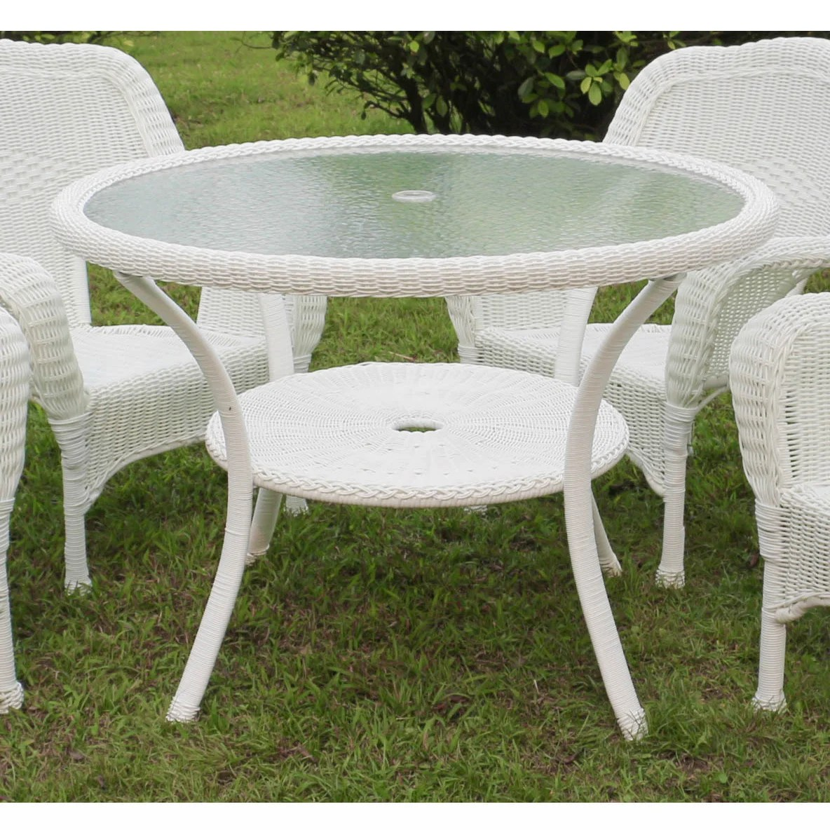 Outdoor Dining Tables Online