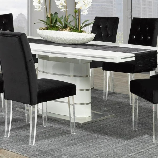 Chairs With Acrylic Legs