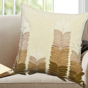 Brown Cotton/Wool 18-inch Applique Decorative Throw Pillows (Set of 2)