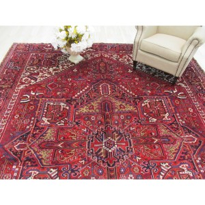 Hand-knotted Wool Rust Traditional Geometric Heriz Rug (10' x 13'3)