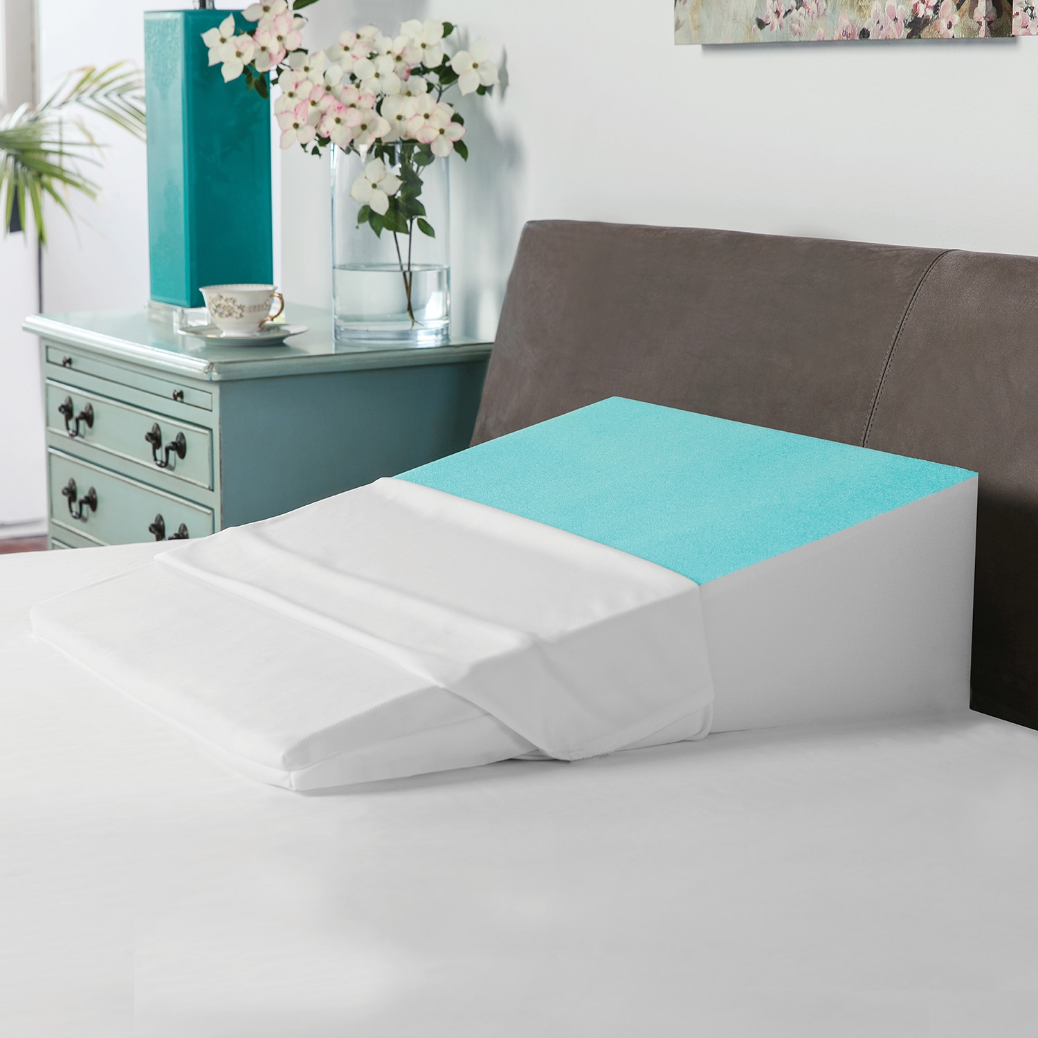 swisslux bed wedge pillow with cooling gel coated memory foam