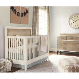 Universal White Wood Convertible Crib
