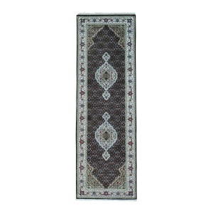 Shahbanu Rugs Hand-Knotted Wool and Silk Tabriz Mahi 250 Kpsi Runner Rug (2'7x10'0)