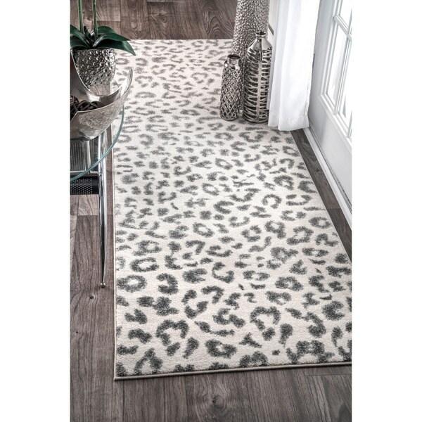 Shop NuLOOM Modern Grey Leopard Spotted Runner Rug 28 X