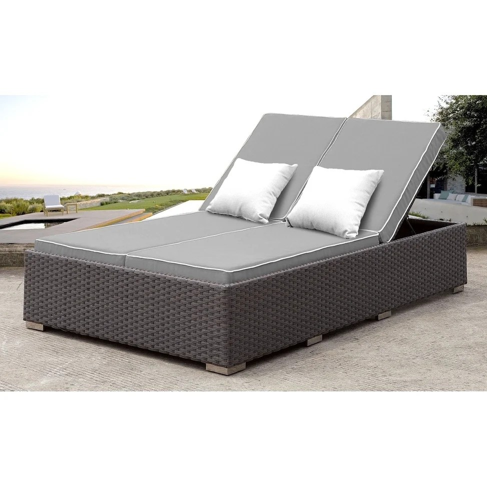 solis benitto outdoor double chaise lounger gry with wht pillows