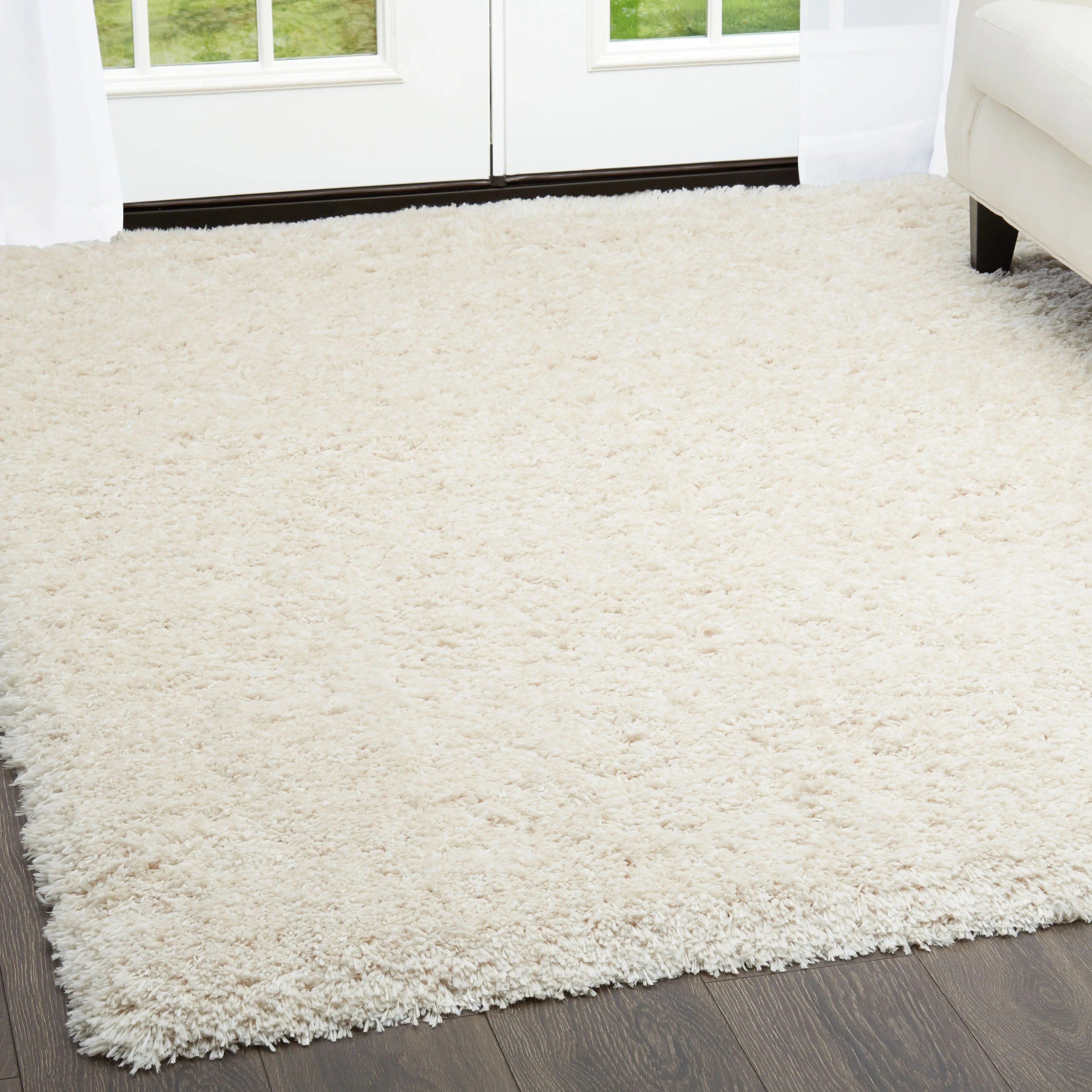 "Casey Ivory Plush Shag Area Rug by Nicole Miller - 7'8""x10'2"""