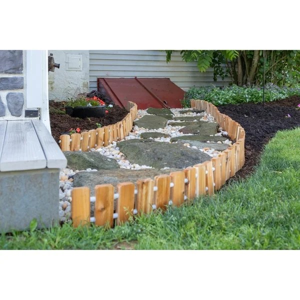 Cedar Wood Landscape Edging