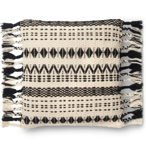 Woven Black/ White Geometric Wool 22-inch Pillow Cover with Tassels