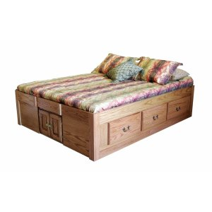 Traditional Wood Finish Queen Platform Bed