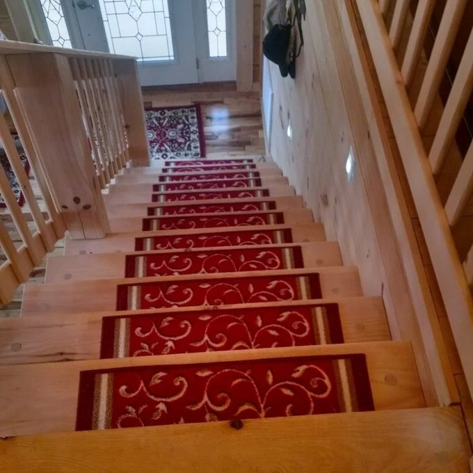 Shop Gloria Rug Stair Treads Non Slip 8 5X26 Overstock 29770699 | Rug Stair Treads Non Slip | Vinyl Flooring | Skid Resistant | 8.5 X26 | Overstock | Mat