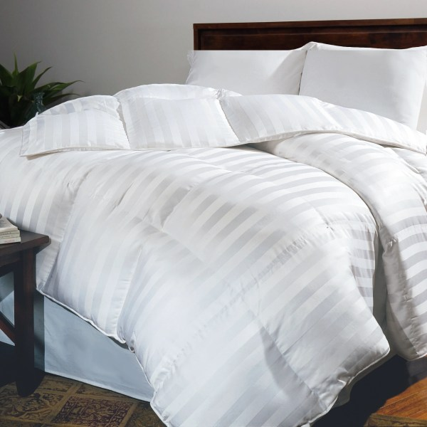 Hotel Collection King Siberian White Comforter Msrp 800
