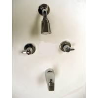 Moen 2-handle Chrome Tub/ Shower Faucet - 12118883 ...