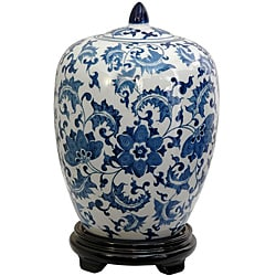 https://i0.wp.com/ak1.ostkcdn.com/images/products/5675306/Porcelain-12-inch-Blue-and-White-Floral-Vase-Jar-China-P13420997.jpg