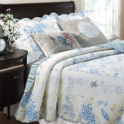 christopher knight club chair walmart living room chairs shop greenland home fashions coral blue 5-piece bonus quilt set - free shipping today ...