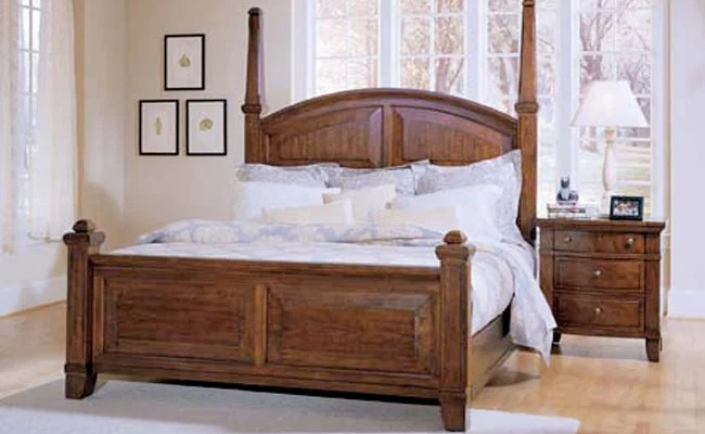Broyhill American Era Queen Size Poster Bed 80081020