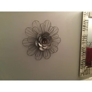 Shop Stratton Home Decor Galvanized Metal Daisy Wall Decor Free Shipping Today Overstock