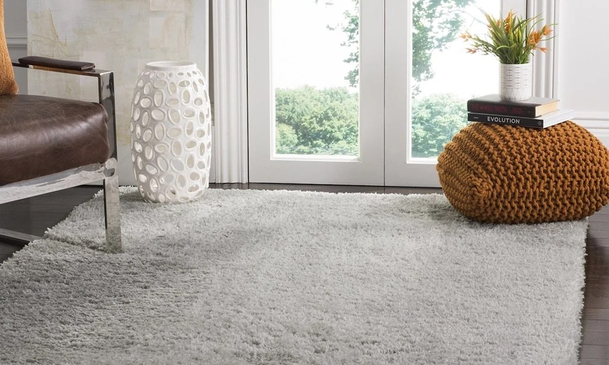 shaggy rugs for living room mor furniture less everything you should know about shag overstock com gray rug in a