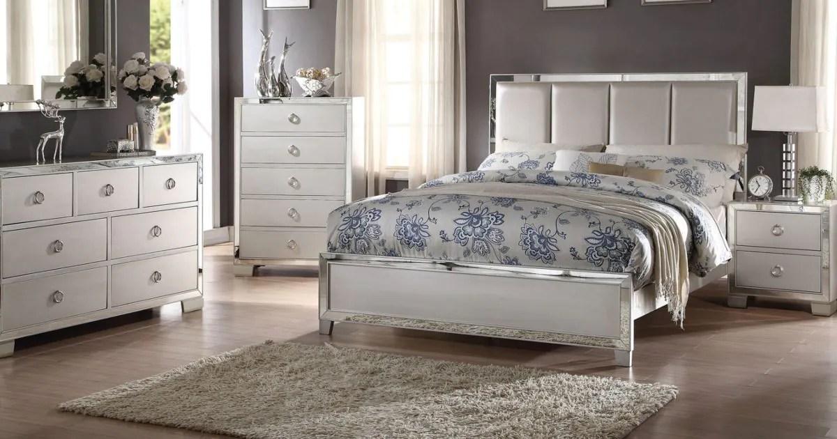How To Arrange Furniture In A Bedroom Overstock Com