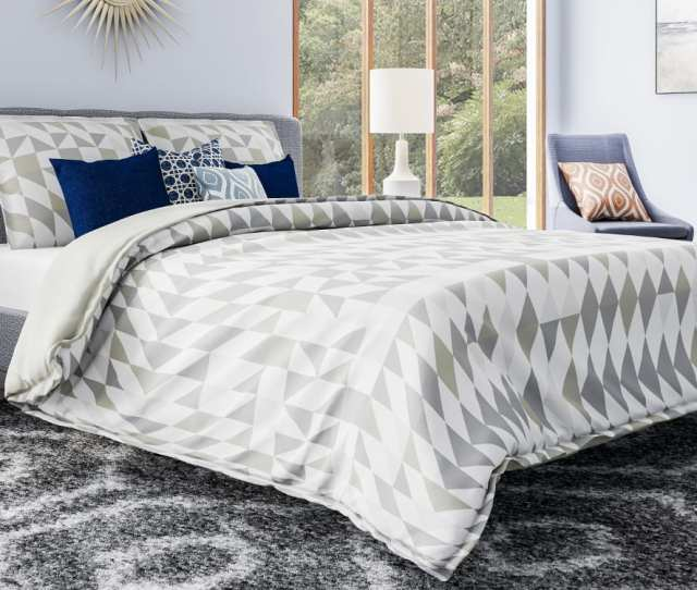 Down Comforters Vs Duvets