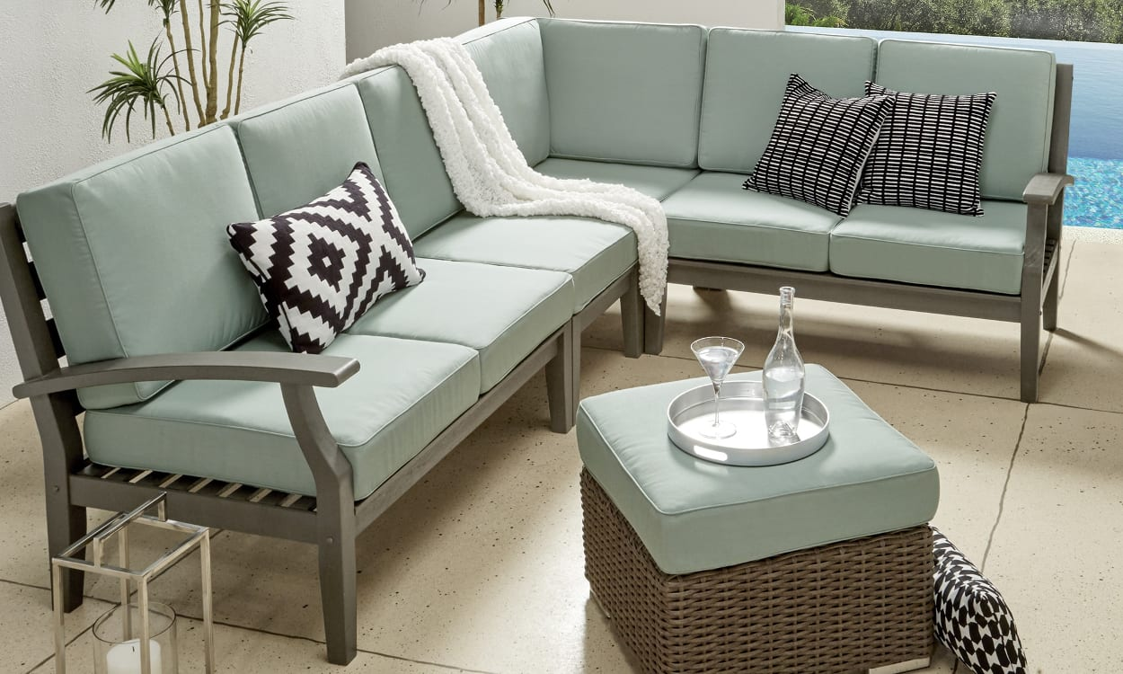 How to Choose Patio Furniture for Small Spaces  Overstockcom