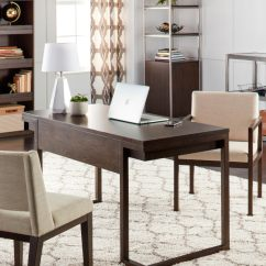 Shaggy Rugs For Living Room Burnt Orange Walls All The Ways You Can Decorate With A Shag Rug Overstock Com Cream Patterned Run Placed Under Desk