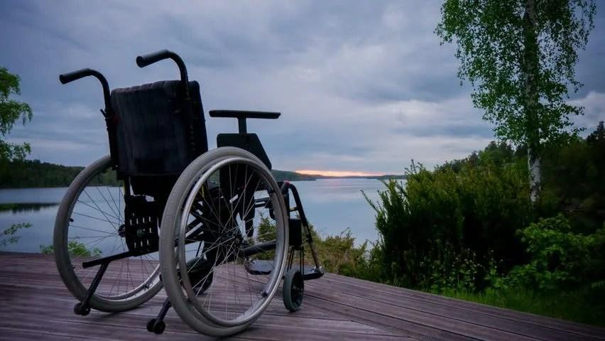 Ruyada Baskasini Tekerlekli Sandalyede Gormek Ruyam Hayir Mi