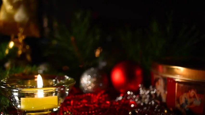 Free Xmas Wallpapers Animated Christmas Scene With Red Background And Candle Gift And