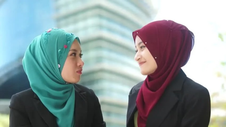 Image result for muslim woman friends