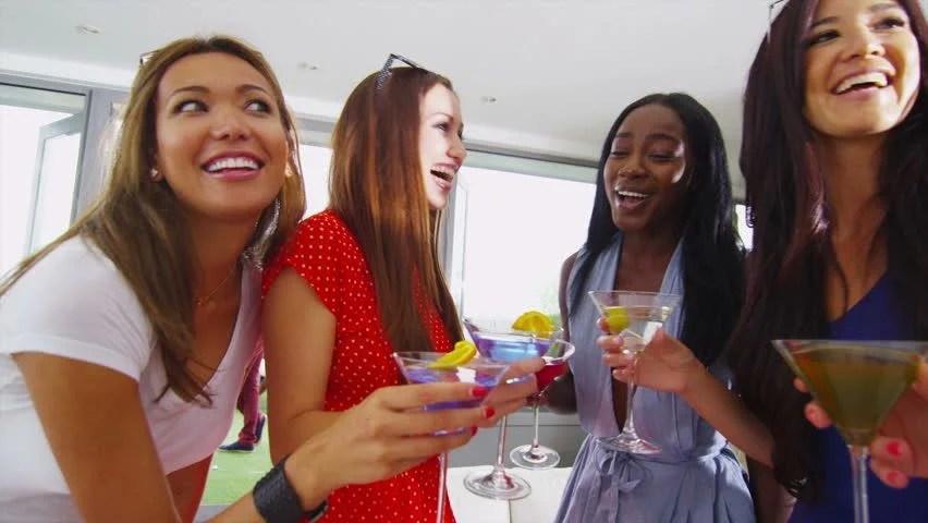 """Résultat de recherche d'images pour """"friends afro american help  happy"""""""